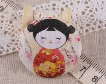 1 button x 38mm kokeshi doll fabric