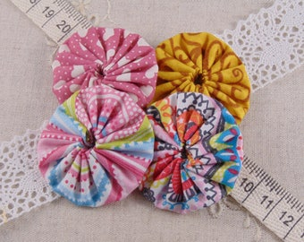 x 4 fabric flowers pink and yellow ref17 yoyos
