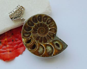 Ammonite fossil snail hippie Buddha design brown beige amulet pendant silver plated