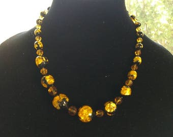 Vintage jewelry - Upcycled jewelry - Gold foil glass beads - Venetian glass bead necklace - Murano glass necklace