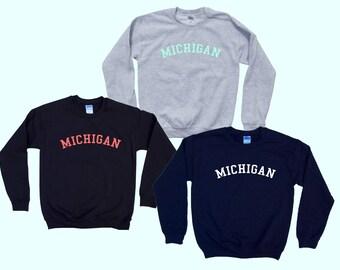 MICHIGAN - Crewneck Sweatshirt