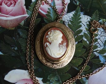 Antique Shell Cameo Necklace / Brooch.