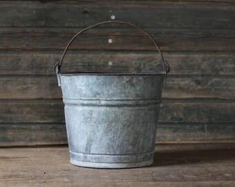 Metal milk pail No. 8