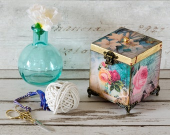 Garden Twine Dispenser - Christmas Gift - Birthday Gift - Present - String Dispenser - Gifts for Gardeners - Garden gifts - Twine Keeper
