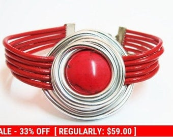 Red Silver Bracelet, Red Bracelet, Leather And Silver Jewelry, Statement Bracelet, Silver Wire Bracelet, Red Natural Stone, Red Gemstone,