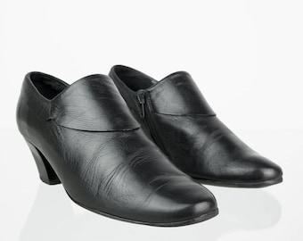 Vintage Leather pumps in black 37