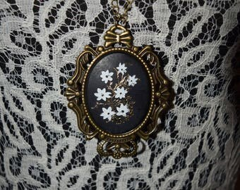 Flower Cameo with bronze chain