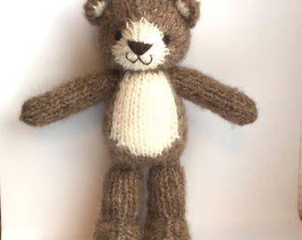 Knitted brown teddy bear for baby, newborn photo props, small teddybear, knitted toys, handmade toys.