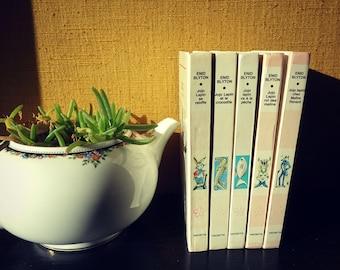 Novel for children - set of 5 books - jojo rabbit children's literature series - library Edition rose