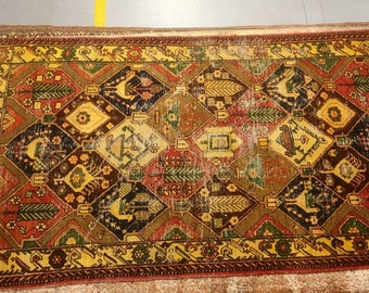 Old carpet 100% wool geometric pattern red yellow and green color warm vintage rug old big heavy rug retro suitable for home and restaurant.
