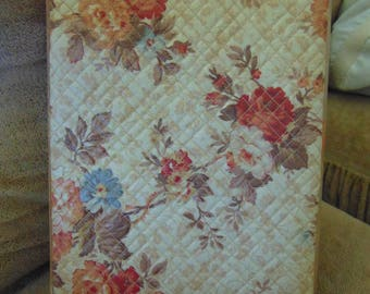 Vintage 1940s-1950s ladies Quilted Writing Compendium with Original Paper and Envelopes