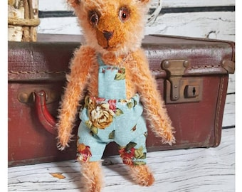 "Herbert - ooak mohair artist bear 6"" (seated)"
