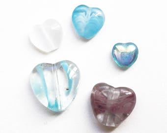 Set of 5 glass heart beads