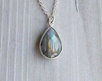 Labradorite necklace / Sterling silver Labradorite necklace / Faceted gemstone necklace