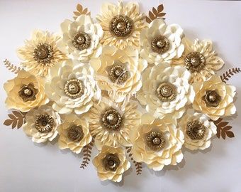 16 piece paper flowers / giant paper flowers