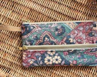 Wallet/purse/organizer, vintage -flowers fabric, vegan leather, ladies accessories