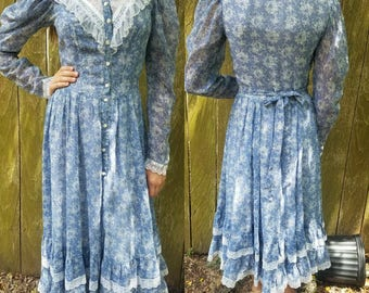Vintage Gunne Sax dress small xs 1970s blue floral boho  prairie dress women's clothing