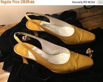 50% OFF SALE Vintage Amalfi Gold Patented Slingback Heels Size 6B