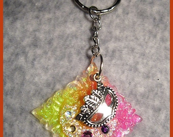 Keychain resin baroque pattern and ball mask