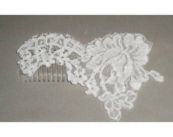 White lace wedding hair comb