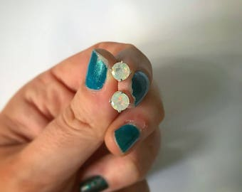 Ethiopian Opals in Solid .925 Sterling Silver Basket Set Stud Earrings. Welo Opal. October birthstone. 6mm Opals. Gift ideas