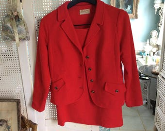 Vintage Retro Woman Red Suit, Jacket and pencil skirt, Flight Stewardess Look, Size S