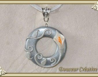 103025 calla flower silver necklace