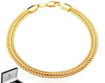 Snake Shaped 18K Gold Plated Metallic Bracelet - Elegant Gift Box