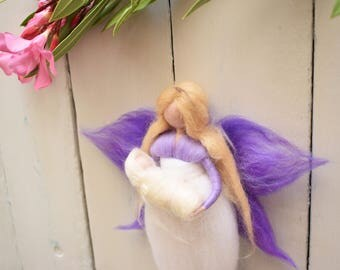 Mom and baby Waldorf inspired, Mother fairy, Fairy with baby, rPegnant gift, Waldorf gift, Newborn gift, Baby welcome gift, Felted Fairy