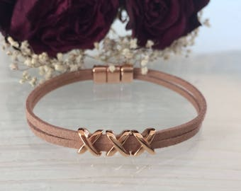 Bracelet made of suede faux soft brown/rose gold