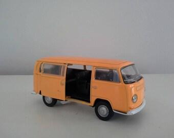 VW T2 Kombi Bus, Model Car, Vw Beetle Model Car