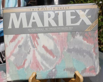 "1980's Vintage Martex Twin Fitted Sheet ""Aquarelle"" New in Package - Mint Condition"