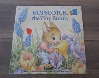 Hopscotch The Tiny Bunny Stephanie Calmenson A Golden Look - Look Book Vintage Children's Story Book Easy Reader
