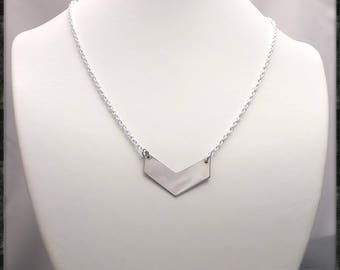 Minimalist necklace on silver chain with V