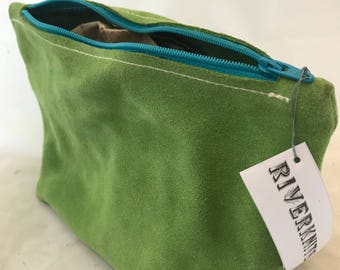 "Sock project bag, handmade, British suede leather, for knitting and crochet projects - 9""W x 5""H (23cm W x 13cm H)"