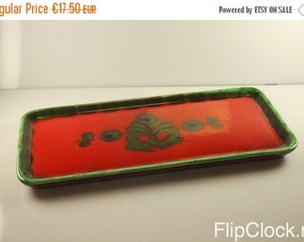 CLEARANCE 75% DISCOUNT Bright red 60s/70s Piroschka cake dish/tray