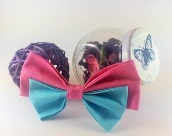 Bow tie brooch turquoise and pink