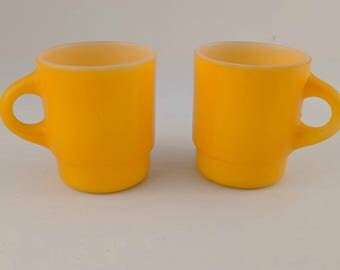 Vintage Fire King Mugs - Set of 2 - Yellow/Gold - Very Good Condition