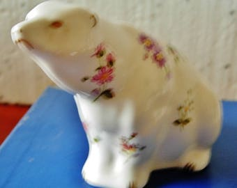 Royal Crown Derby Paperweight- Polar Bear Posies 1991 gold stopper