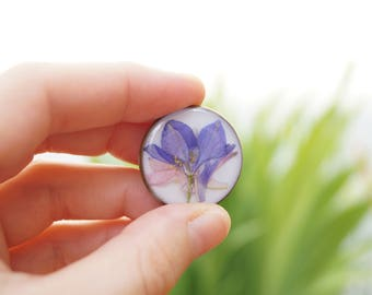 Brooch flower consolidates Ajacis - resin jewelry - Larkspur