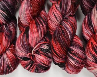hand dyed yarn, handdyed yarn, hand dyed dk yarn, handdyed DK yarn, hand painted yarn, DK yarn, Date Night