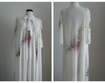 Triumph 1970s chiffon nightgown & peignoir set   70s Triumph set