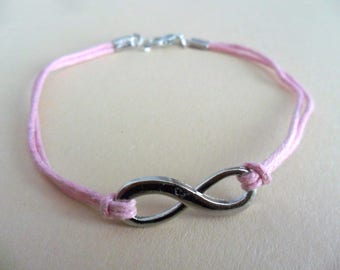 delicate bracelet / friendship band