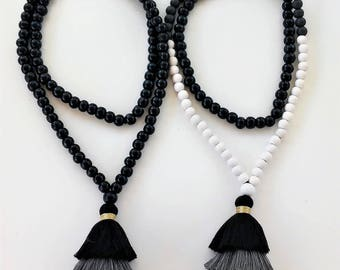BLACK/GRAY Triple tassel Mala Necklace- 108+1 wooden beads- Meditation Necklace- Collar para meditación-Beaded tassel necklace-Yoga necklace
