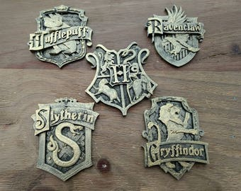 Harry Potter Hogwarts House Crests - Gryffindor, Slytherin, Ravenclaw, Hufflepuff 3D Print