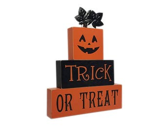 "ESE Halloween Wood table top ""trick or treat"", 9"""
