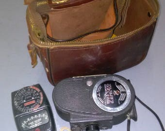 Vintage Bell & Howell FILMO Sportster Double Run Eight Movie Camera With Accessories ******1940's*******
