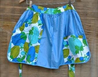 Vintage Half Apron with floral/fruit  pattern pockets