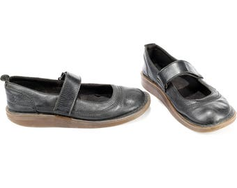 Dr MARTENS Shoes Womens Mary Jane Black Real Leather Vintage Wedge Air Cushioned Sole Grunge Slip On Made in England size Us 8 Eur 41 Uk 7.5