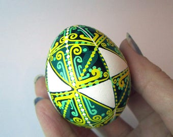 St. Patrick's day Gift.TraditionalUkrainianEaster egg.Hand painted Easter eggs.Pysanka.UkrainianReal Easter eggs.Batic eggs.Chicken pysanka.